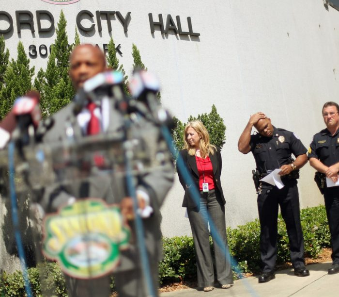 Image found on: http://www.zimbio.com/pictures/3ZtTUEJe76c/Sanford+FL+City+Manager+Interim+Police+Chief/YAfuH9SqdLa